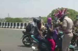 "Stopping traffic: the ""coronahelmet"" helping Indian police [Video]"