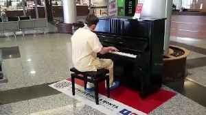 Italian coronavirus doctor plays Don't Stop Me Now on the piano [Video]
