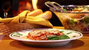 Here's the Recipe For Olive Garden's Lasagna Classico - Are You Drooling Yet? [Video]
