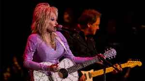 Dolly Parton To Read Bedtime Stories In A Weekly Series [Video]
