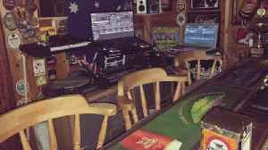 Pandemic Pub! U.K. Man Enjoys Live-Streaming Events from Garden Shed-Turned-Pub! [Video]