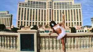 Las Vegas Showgirls Start Online Show to Help Fund Out of Work Performers [Video]