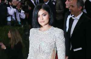 Kylie Jenner to create hand sanitisers for hospitals in LA [Video]