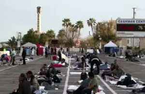 Las Vegas paints lines on cement for homeless to sleep 6 feet apart [Video]