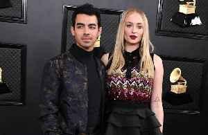 Sophie Turner jokes Joe Jonas is a 'psychopath' for wearing jeans whilst in coronavirus self-isolation [Video]