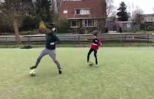 Van Persie - like father, like son with the silky skills [Video]