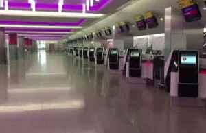 Heathrow terminal virtually empty amid outbreak [Video]