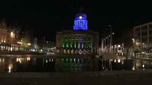 City Council building in Nottingham, UK lights up in BLUE to show support for NHS and key workers [Video]