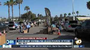Food bank distributes 30,000 pounds of food [Video]