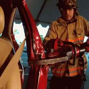 Company makes rescue tools for first responders [Video]