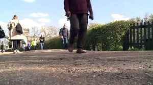 Warm weather brings many to Hampstead Heath