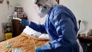 Italian doctor treats coronavirus patients at home