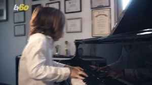 7-Year-Old Piano Prodigy Writes Score for Those Suffering from Coronavirus [Video]