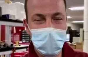 Tesla engineers show off prototype ventilator