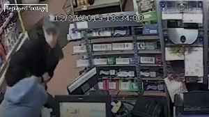 Shopkeeper commended for bravery while tackling robber [Video]