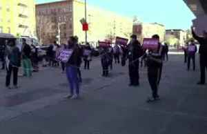 'Dystopian, apocalyptic' - NY nurses protest lack of protective equipment [Video]