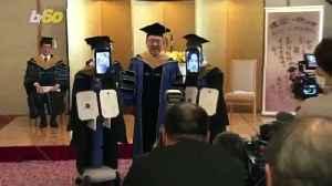 Avatar Robots Replace Students for Graduation Ceremony Amid Coronavirus Outbreak [Video]