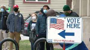 Milwaukee voters risk being exposed to coronavirus to cast their ballots [Video]
