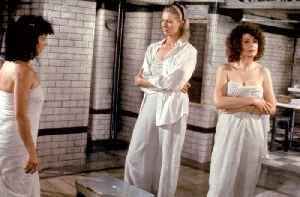 Steaming Movie (1985) - Vanessa Redgrave, Sarah Miles, Diana Dors [Video]