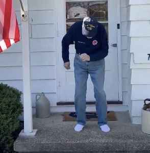 97-year-old WWII vet shows off his quarantine moves [Video]