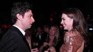 Zach Braff mistaken for Anne Hathaway's awful ex at premiere [Video]