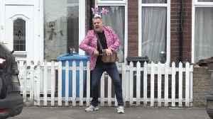 Hull residents enjoy socially distanced disco [Video]