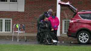 Family & friends welcome home father who had emergency heart surgery [Video]