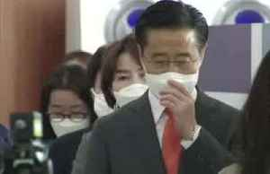 South Korea kicks off voting in masks and gloves [Video]