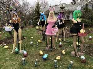 Sexy Easter display ignites neighborhood war [Video]