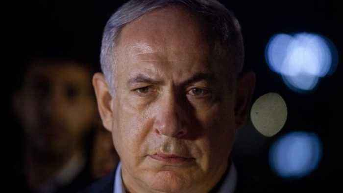 News video: Police Recommend Corruption Charges for Israeli PM Netanyahu