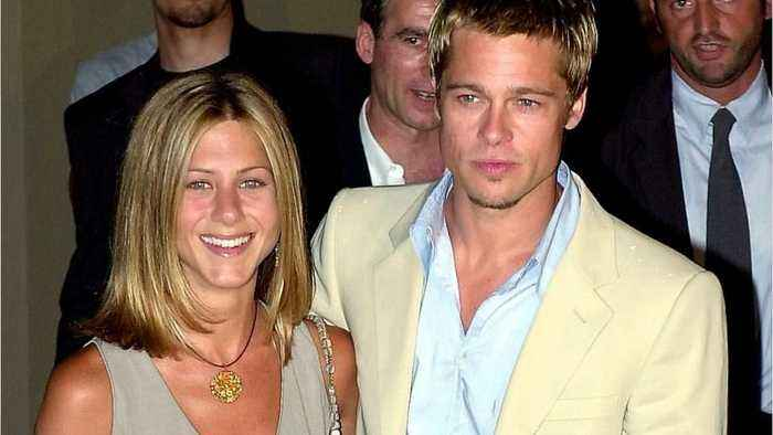 Twitter is *begging* Jennifer Aniston and Brad Pitt to get back together