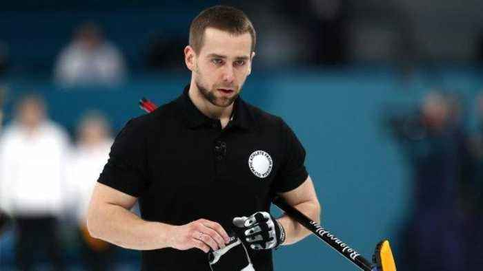 News video: Olympic Russian Curler Agrees to Return Medal