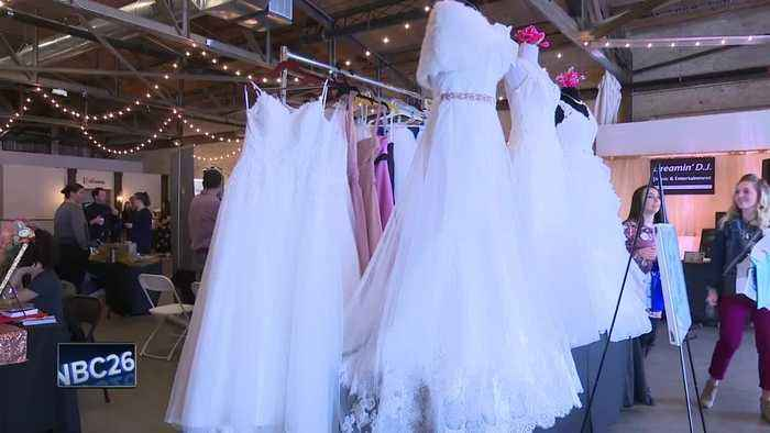 bridal show held in downtown green bay one news page video