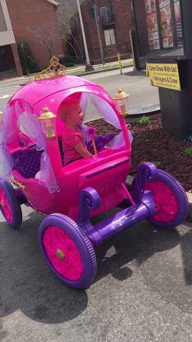 98087be7d7c Girl In Princess Power Wheels Car Orders Toy At One News Page Video
