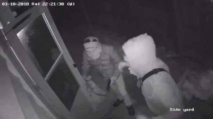 News video: Brazen Burglars Break Into Home as 12-Year-Old Plays Video Games