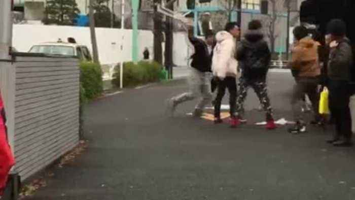 News video: Chinese Tourists Fight Shop Staff Over Supreme Jackets