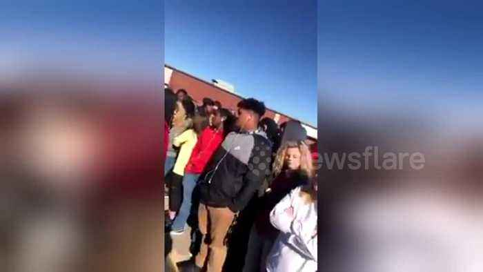 News video: US students walkout to demand tighter gun control one month after Florida shooting