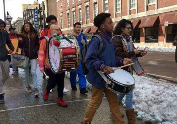 News video: Students Bang Drums During Rhode Island Walkout