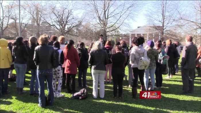 News video: Wesleyan College students walk out against gun violence