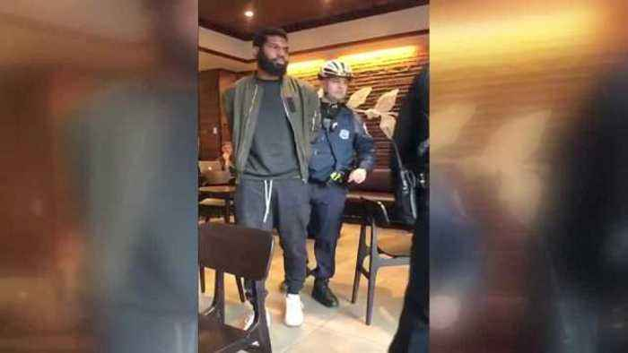 News video: Social media video shows arrests of black men at Philadelphia Starbucks