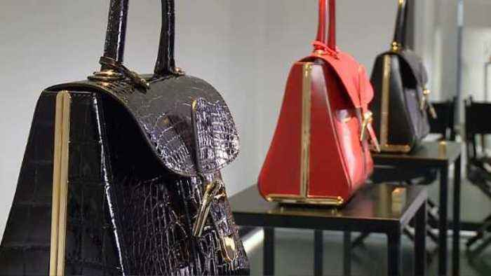 News video: Delvaux, the inventor of the handbag, enters a new era.