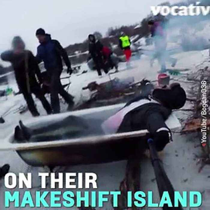 News video: These Russian Adrenalin Junkies Cut a Raft out of Ice and Partied on it