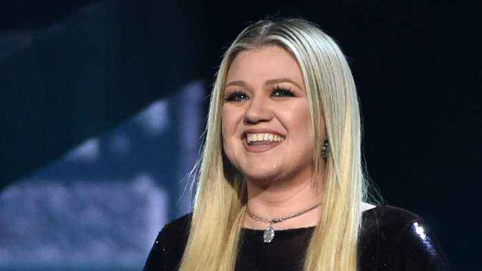 Kelly Clarkson Hosts 2018 BMAS