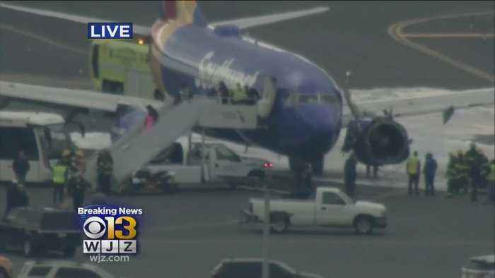 News video: Southwest Plane Makes Emergency Landing At Philadelphia Airport