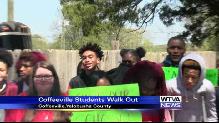 News video: Coffeeville Students Walk Out