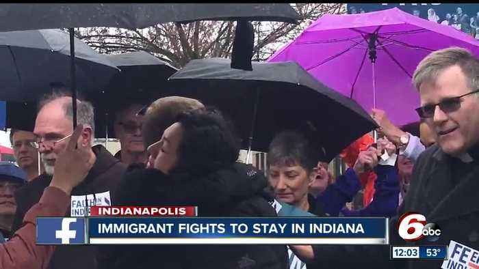Indiana immigrant fights to stay in Indiana