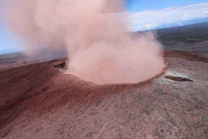 News video: Hawaii's Kilauea Volcano Erupts Causing Mass Evacuations