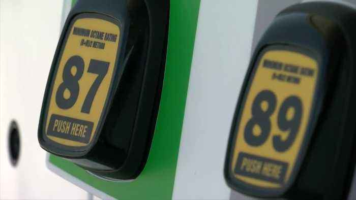 Racine woman accidentally pays $9.99/gallon for gas at Oak Creek gas station