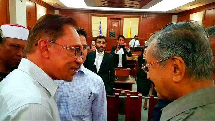 Malaysia: Anwar Ibrahim released after getting full pardon
