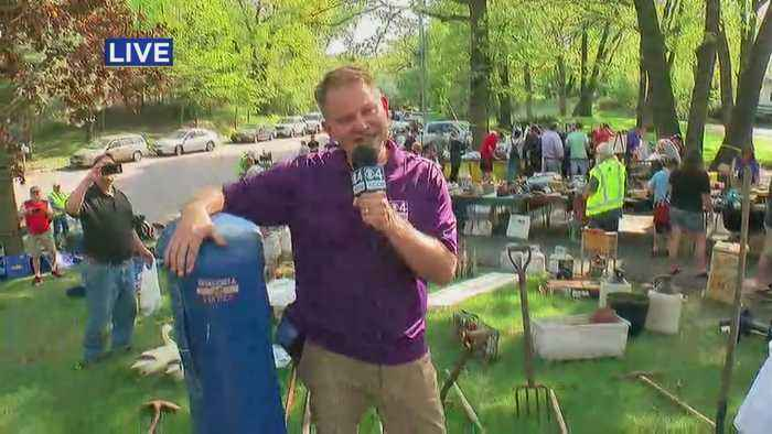 News video: Chris Shaffer Checks Out Bud Grant's Garage Sale